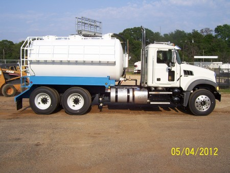Oilfield Vacuum Trucks For Sale